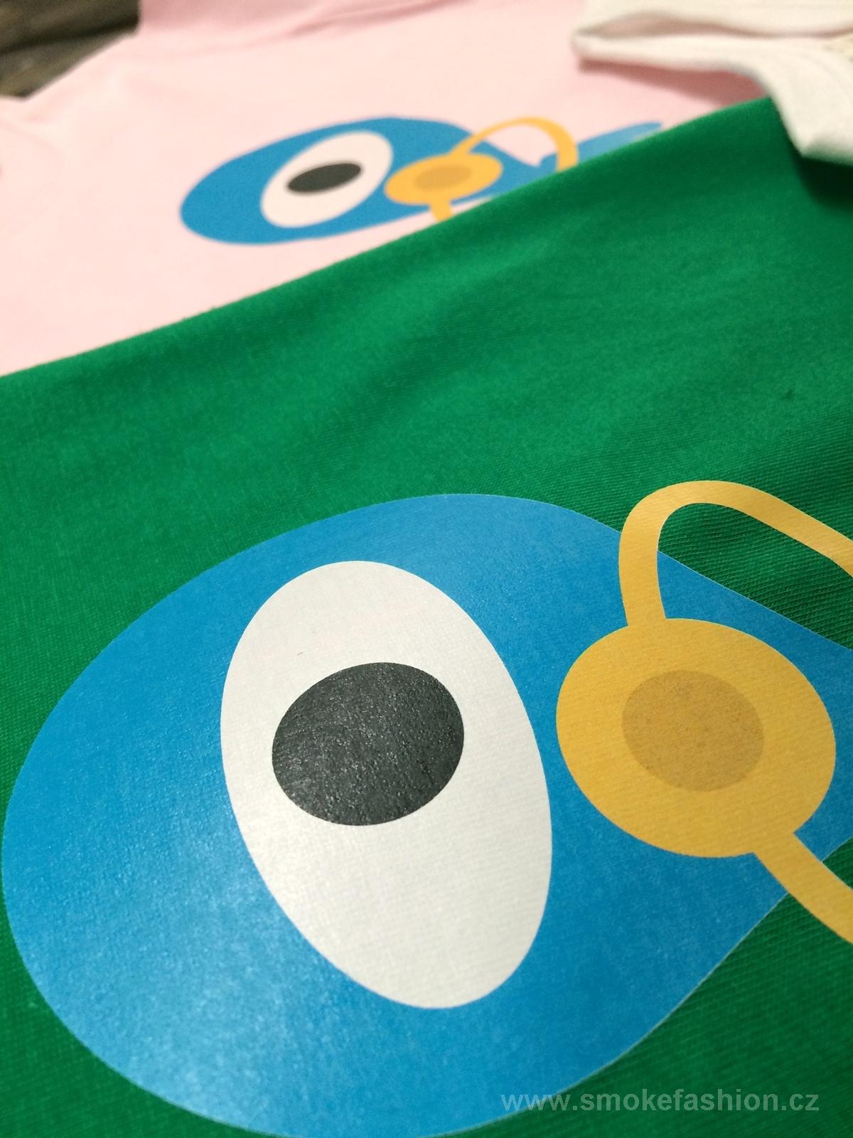 186791dd09b Reklamní trička s potiskem - Potisk dětských triček s vlastním potiskem pro  firmy na NÍZKÉ ceny - Reklamní a firemní textil a oblečení a reklamní  předměty s ...